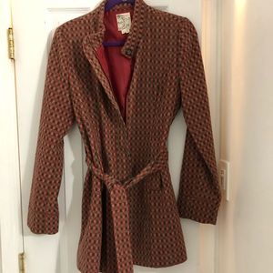 Chic European style coat